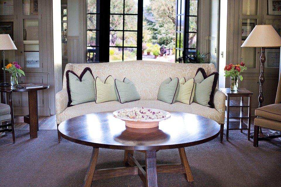 Wohnzimmer modern, stilvoll und gemütlich einrichten